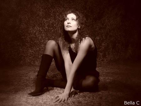 Bella C - dreamy sitting portrait